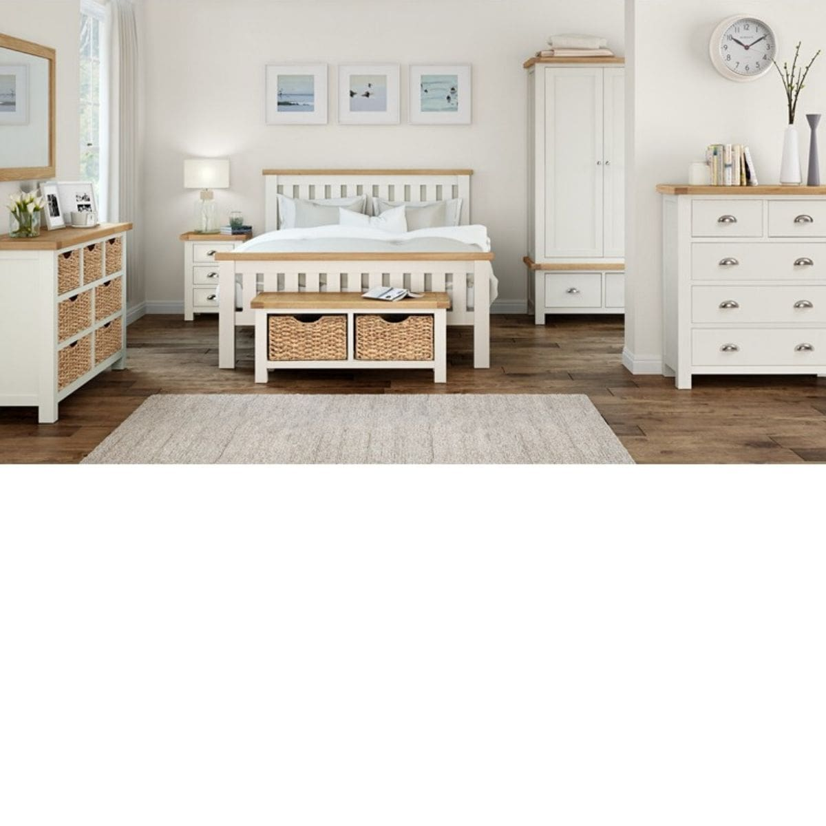 Sabina 5 Drawer Chest